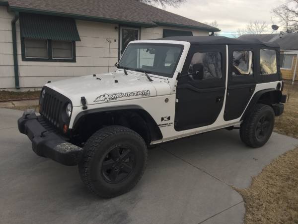 2008 jeep wrangler unlimited for sale pirate4x4 com 4x4 and off road forum. Black Bedroom Furniture Sets. Home Design Ideas