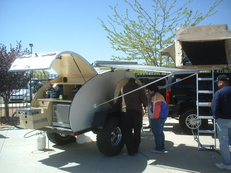 Off Road Teardrop Trailer Plans http://www.pirate4x4.com/forum/expedition-vehicles/797291-building-teardrop-trailer.html