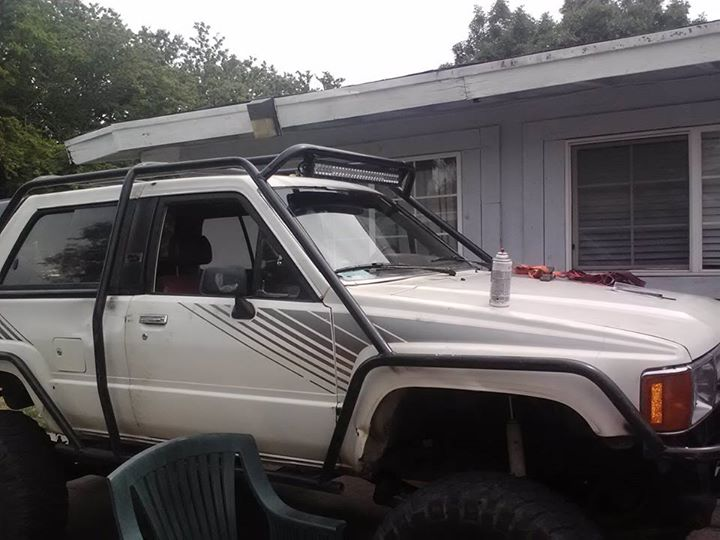 Led light bar mounting pirate4x4 4x4 and off road forum attached images mozeypictures Image collections