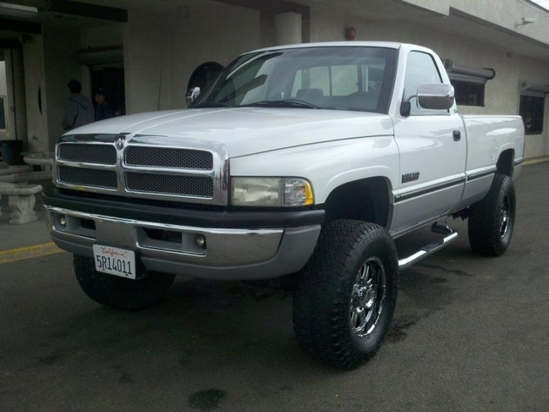 1997 dodge ram 2500 4x4 std cab longbed 12v cummins sell or trade pirate4x4 com 4x4 and. Black Bedroom Furniture Sets. Home Design Ideas