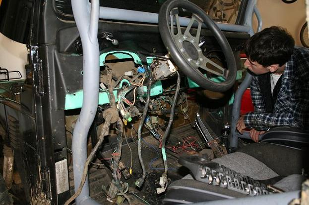 Tech Project  Re-wiring The Fj40