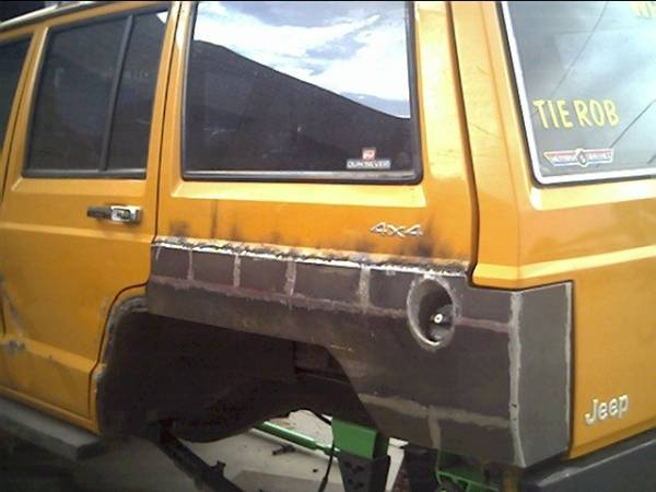 similiar jeep xj tail light conversion keywords pics of extended base xj side panel armor protection pirate4x4 com · jeep cherokee tail light wiring
