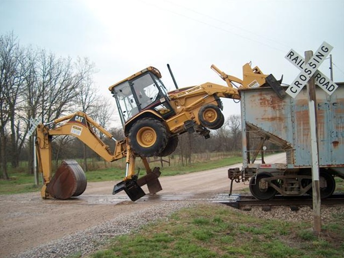 Backhoe on a train 2 0 - Pirate4x4 Com : 4x4 and Off-Road Forum