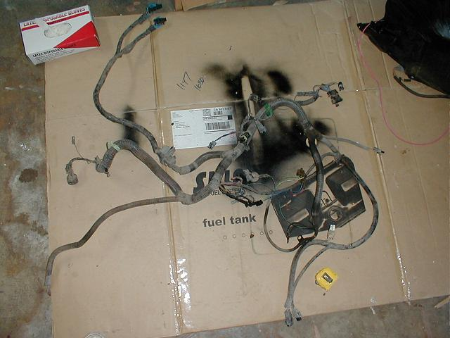 Wiring Harness Clean Up : Working a stock tbi harness for conversions picture