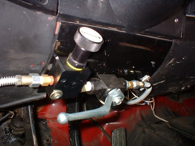 F also F additionally  together with Dsc furthermore D Line Lock Questions Brake. on brake line proportioning valve