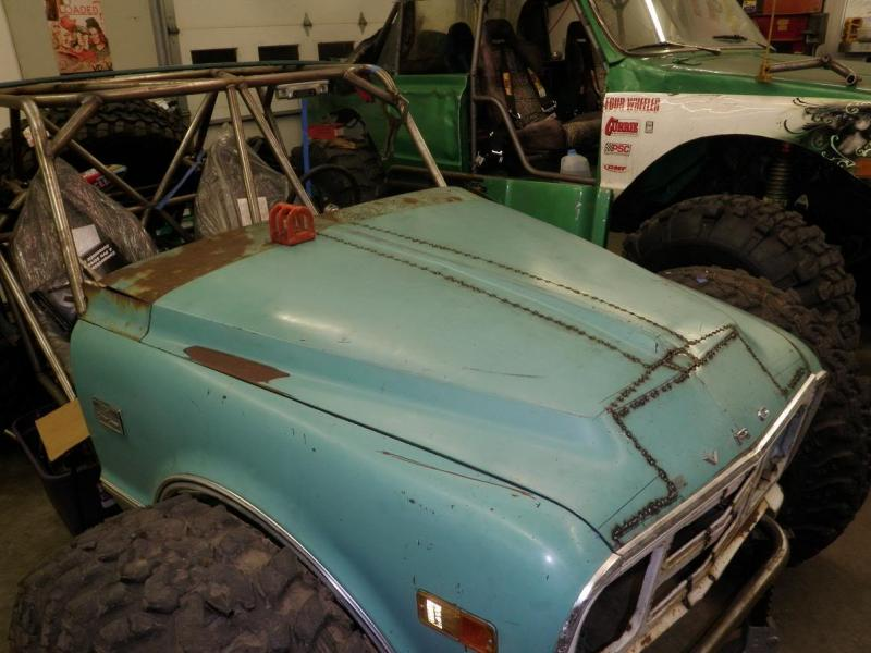 67 72 Chevy Truck Forum >> Narrowed 67 72 Hood Pics Pirate4x4 Com 4x4 And Off Road