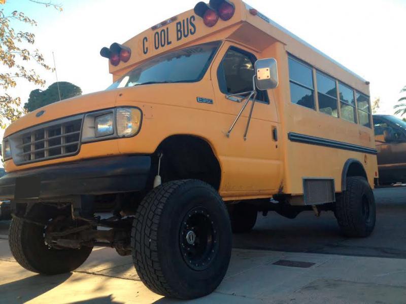 4x4 short school bus - diesel - one ton axles - lifted on