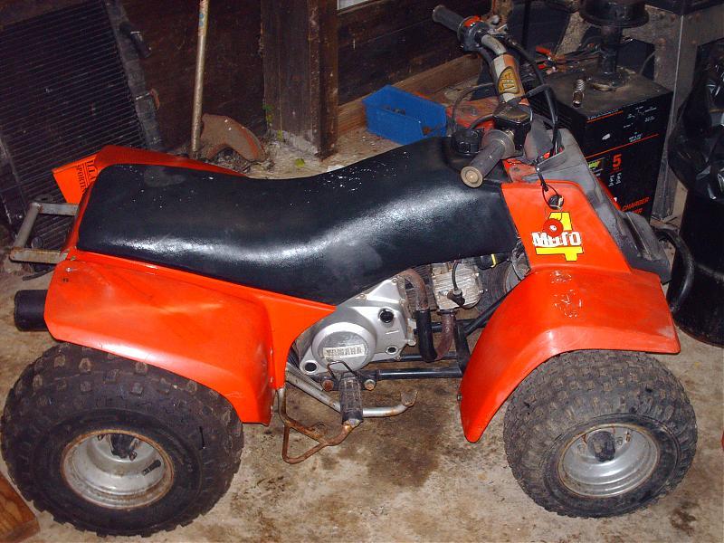 quad yamaha moto 4