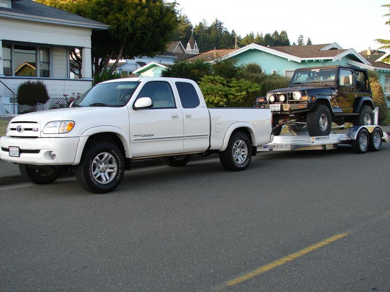Tundra Towing Capacity >> Between A Nissan Titan And Toyota Tundra What Would You Rather