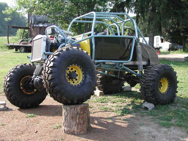 Ford Rock Crawler http://www.pirate4x4.com/forum/general-4x4-discussion/200524-32-ford-rock-crawler.html