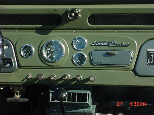 Fj Cruiser Oil Filter >> Need pics of custom dash for FJ40 - Pirate4x4.Com : 4x4 and Off-Road Forum