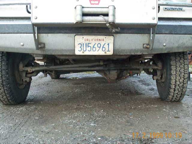 93 F250 4X4 http://www.pirate4x4.com/forum/ford/35970-97-f250-get-93-f350-d60-front-what-know.html