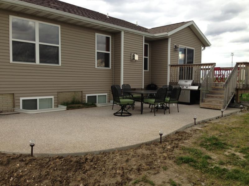 908169d1370286442-rustoleum-deck-concrete-restore-deck.jpg