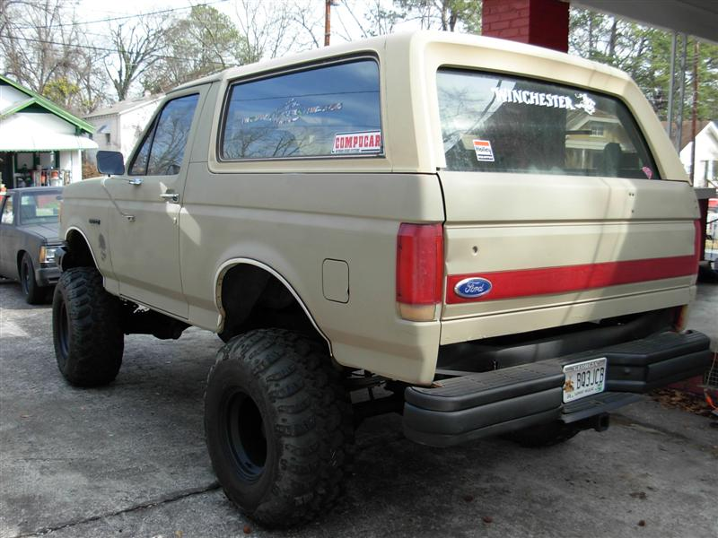 "Cheap Tires Augusta Ga >> 88 Bronco on 36""s. NICE! CHEAP!!! - Pirate4x4.Com : 4x4 ..."