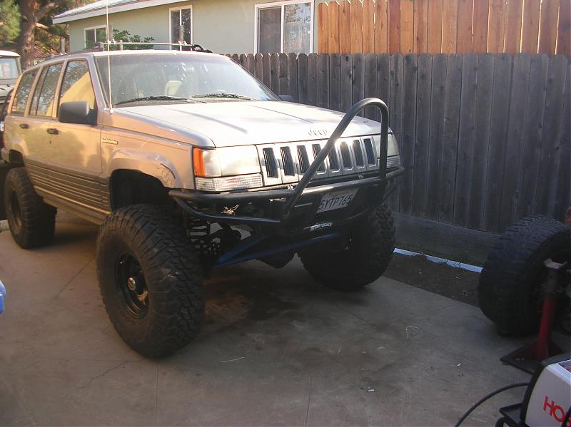 ZJ front bumpers - Pirate4x4.Com : 4x4 and Off-Road Forum on jeep zj bumpers, zj rear bumper bar, custom zj bumpers, grand cherokee bumpers,