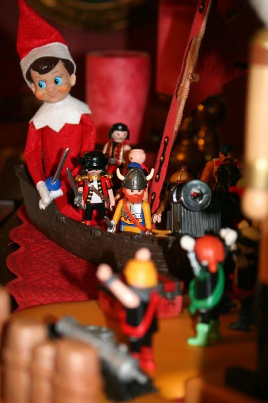 Anyone Else Quot Elf On A Shelf Quot Pirate4x4 Com 4x4 And Off