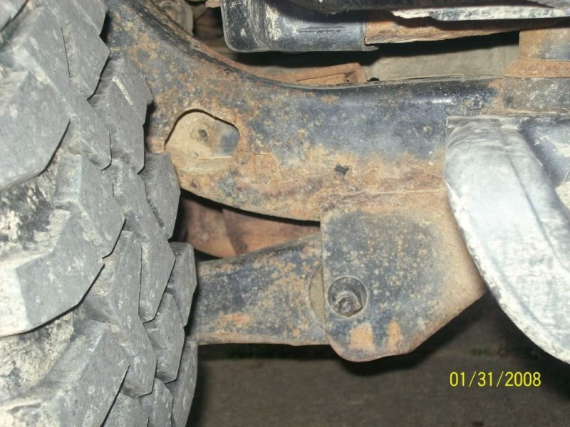 Post your rusted TJ frame pictures here - Pirate4x4.Com : 4x4 and ...