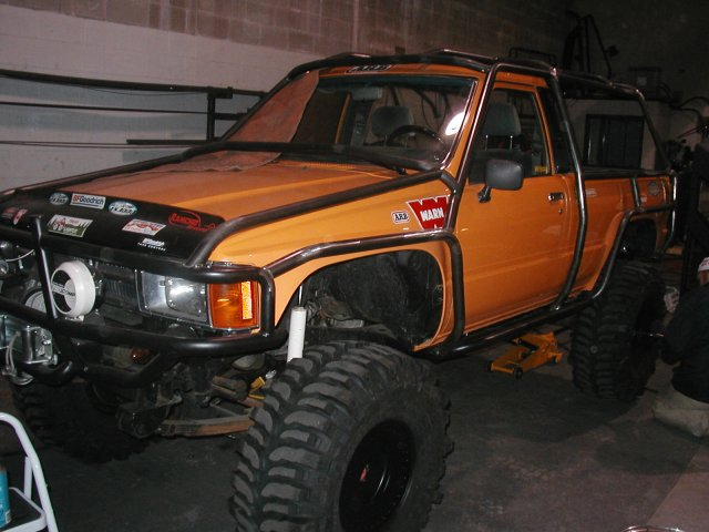 Exo cage thread pirate4x4 com 4x4 and off road forum - Interior roll cage for toyota pickup ...