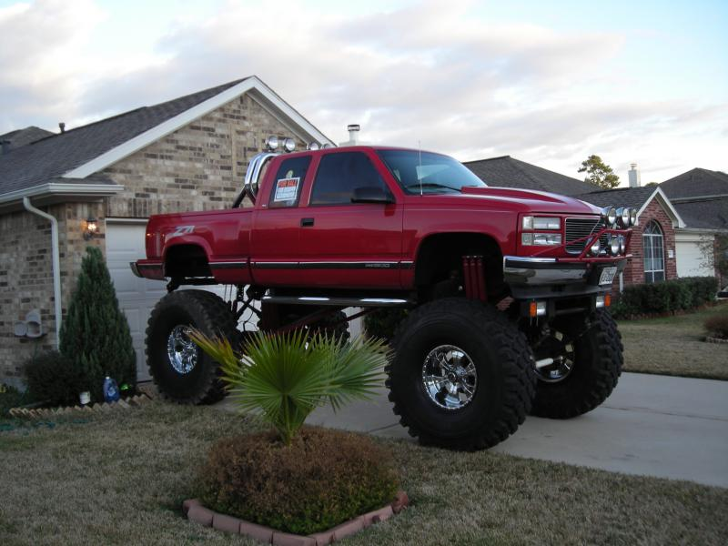 Jacked Up Silverado >> Holy big ugly truck - Pirate4x4.Com : 4x4 and Off-Road Forum