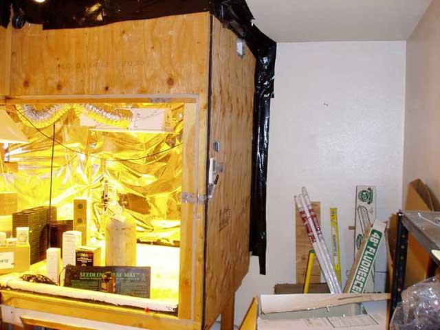 FS Complete turn-key indoor Hydroponics grow room