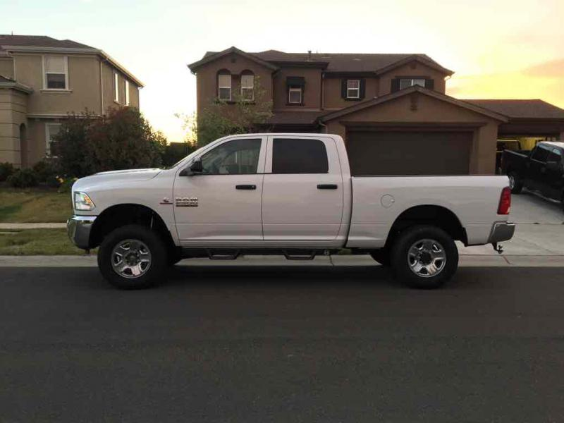 2016 Ram 2500 Leveling Kit >> 16 Ram 2500 Leveling Kit Question Lame Tech I Know