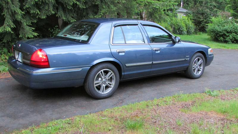 2003 Lincoln Town Car Signature Page 2 Pirate4x4 Com 4x4 And
