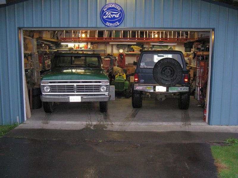Show Off Your 2 Car Garages