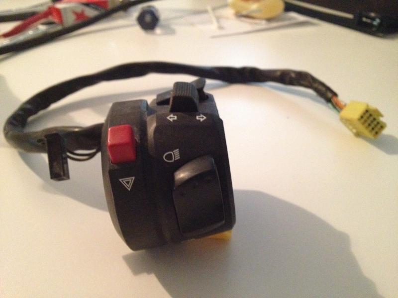 2004 Suzuki GSXR 600 control box with wiring - Pirate4x4 ...