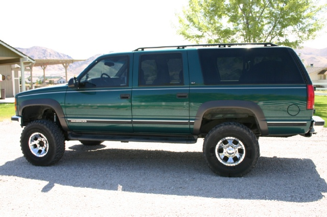 97 Diesel Suburban 4x4 lifted - Pirate4x4 Com : 4x4 and Off