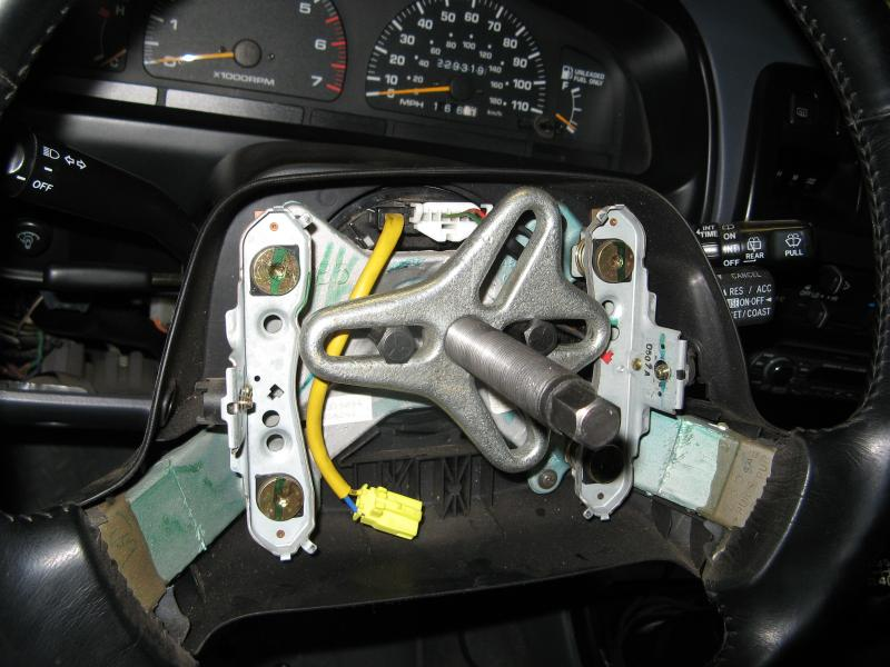 379052d1215446942 steering wheel spiral cable clock spring tech img_2561 steering wheel spiral cable clock spring tech pirate4x4 com 2006 Chevy Silverado Wiring Diagram at gsmx.co