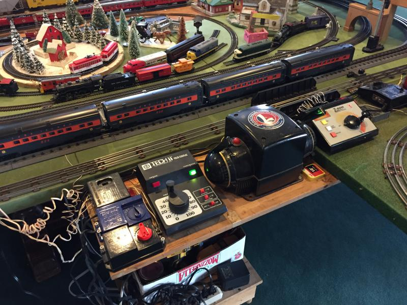 Let's see your holiday electric train layouts - Pirate4x4