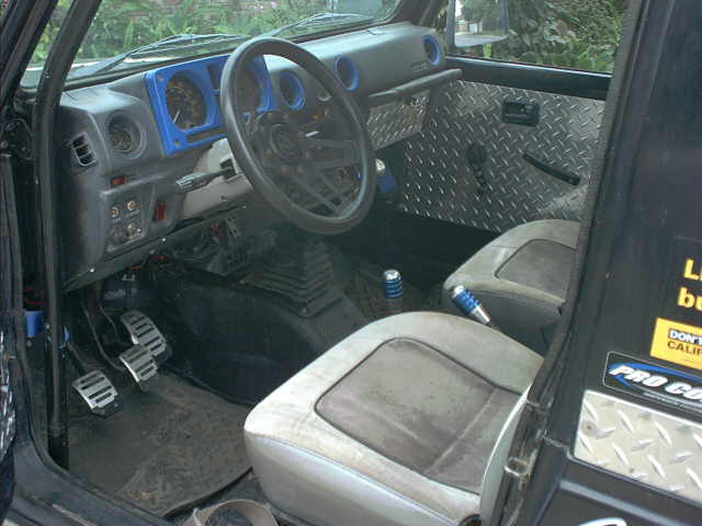 Img in addition Porterweecamerapics additionally Interior Driver in addition Img besides Image. on toyota hilux surf