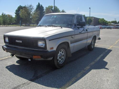 1984 Mazda B2000 - $500 obo - Laramie, WY - Pirate4x4.Com : 4x4 and