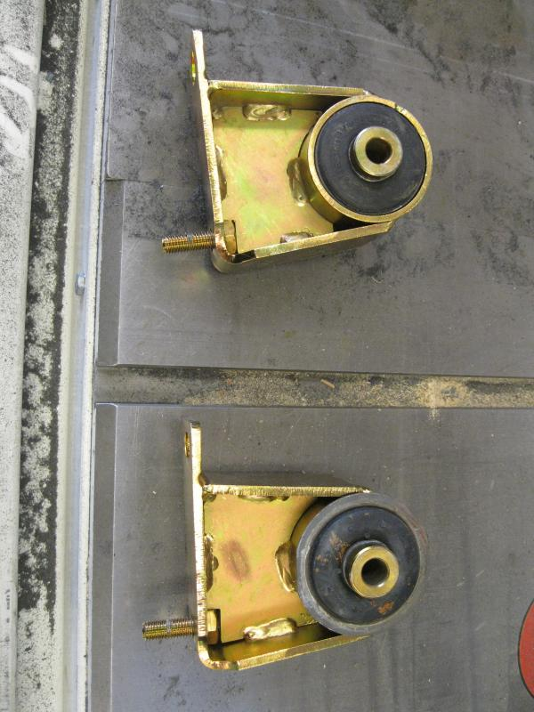 Name:  MORE 1-Inch Motor Lift Mounts 001.jpg
