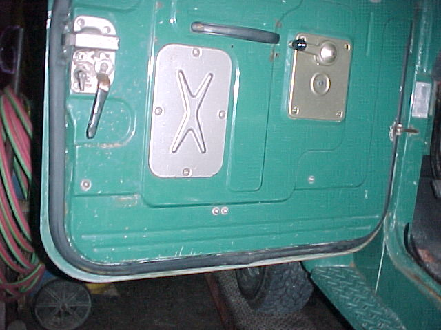 Need some pics early fj40/45 hard door weather stripping - Pirate4x4.Com  4x4 and Off-Road Forum & Need some pics: early fj40/45 hard door weather stripping ...