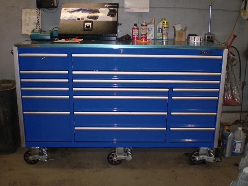 Montezuma 72 Inch Tool Box.11 Drawer Glossy Red Roller Cabi ...