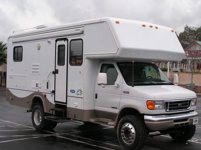 4x4 Class C Motorhome - Pirate4x4 Com : 4x4 and Off-Road Forum