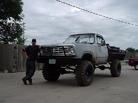 Power Wagon Lifted http://www.pirate4x4.com/forum/dodge/305711-how-much-lift-clear-44s-1978-powerwagon.html
