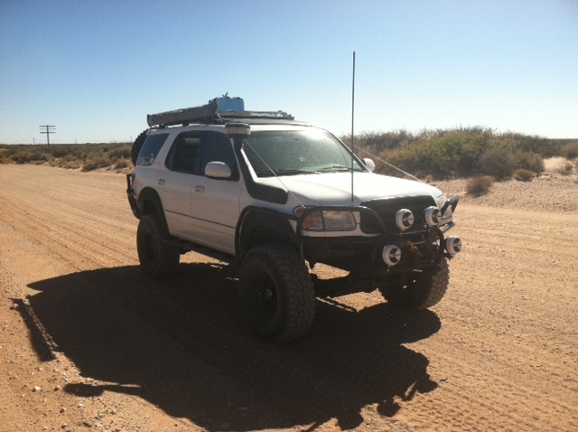 Fsft built sas 2001 toyota sequoia pirate4x4 4x4 and off attached images publicscrutiny Image collections