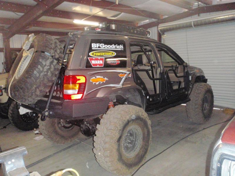 Fs Ft Sxor Jeep Wj Sema Vehicle Pirate4x4 Com 4x4 And