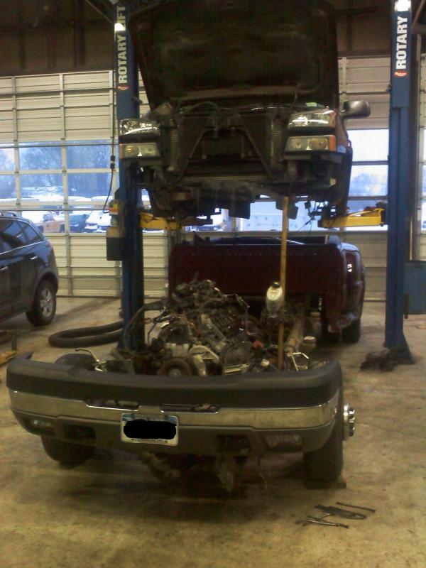 88 98 Chevy Extended Cab Swapping Chassis Lifting Cab