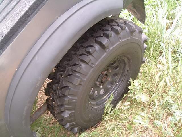 Suzuki Tire Size >> Tire Size On Stock Rims Pirate4x4 Com 4x4 And Off Road Forum