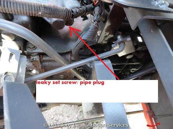 My new to me Kubota B7800 is leaking hydraulic fluid like