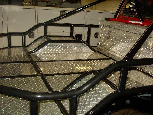 -race-beds-flat-beds-custom-truck-beds-tube-20bed-201.jpg