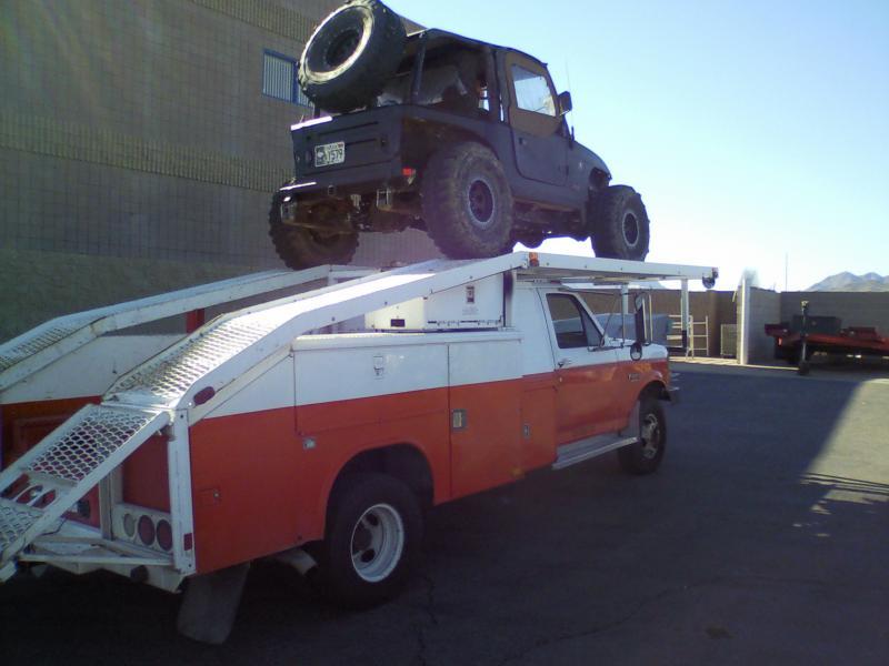 New Crawler Hauler Ex U Haul But Not A Box Van