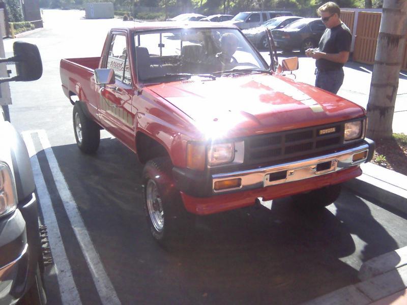1985 Toyota Diesel 4x4 Work Truck Build Pirate4x4 Com 4x4 And
