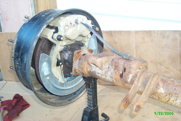 14 Bolt Disc swap, Cab/Chassis Axle - Pirate4x4 Com : 4x4 and Off