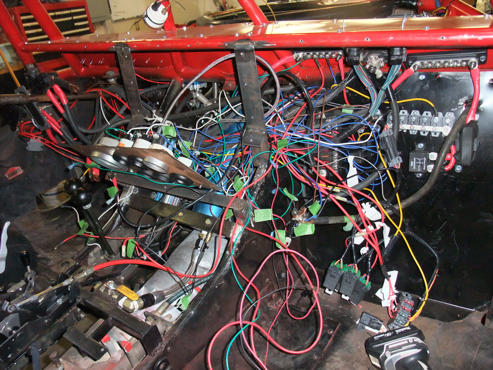 DSCF1757 pirate4x4 com the largest off roading and 4x4 website in the world electrical wiring 101 basics at bakdesigns.co