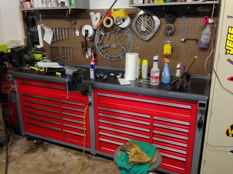 How To Build A  Feet Storage Metal Tool Box